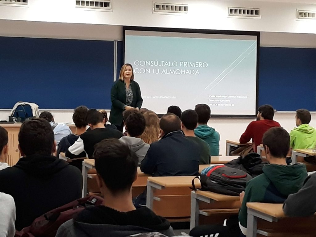Enseñanzas #semanacadizemprende 2019. Celia Mañueco en la ESI de la Universidad de Cádiz