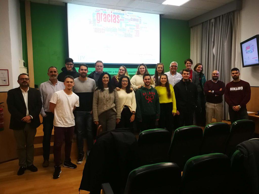 Enseñanzas #semanacadizemprende 2019. Jesús Velasco Álvaro con los asistentes al taller