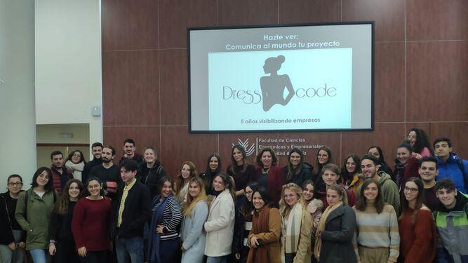 Dress Code en la Facultad de Ciencias Económicas y Empresariales de Cádiz